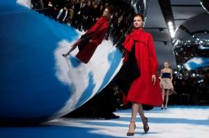 Christian-Dior-Fall-Winter-2013-2014-Bubbles (10)