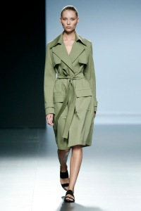 angel schlesser spring summer 2015 trends tendencia abrigo soft ligero verde