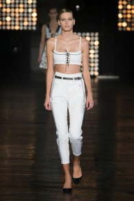 spring summer 2015 trends crop top bralet diesel tendencias pasarela