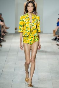 trends spring summer 2015 michael kors yellow total look flowers tendencias verano