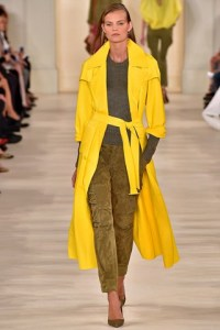 ralph lauren spring summer 2015 trends abrigo verano fluid coat yellow