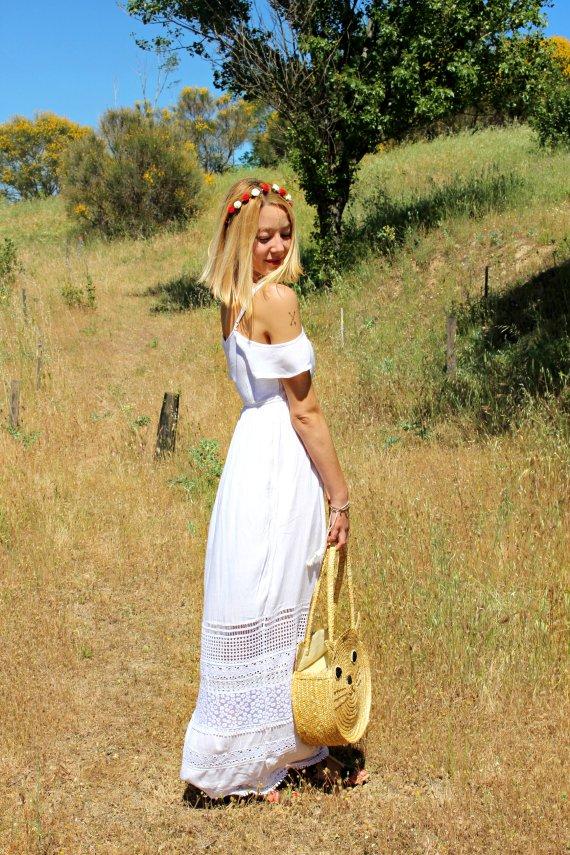 style boho bohemian estilo tendencias coachella festival romantic white dress