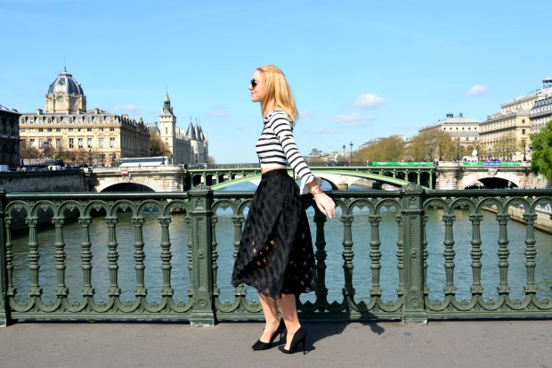 cute fashion lifestyle blogger black white tendencias 2015 summer verano paris style crop top