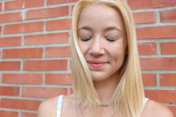 waterproof eye liner blue azul mercadona tips make up beautiful girl
