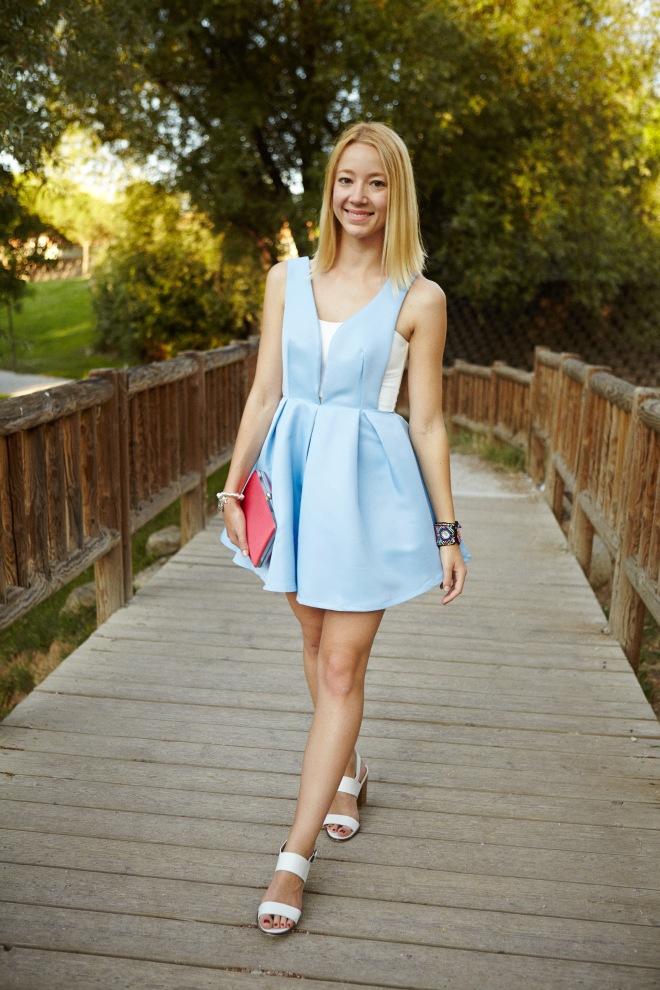 clutch coral vestido verano azul cielo sky blue baby enpolvado pastel color