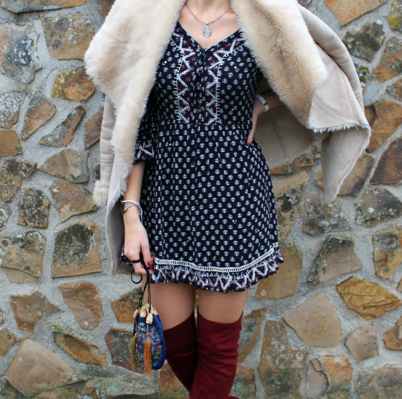 blue dress spring trends outfit ideas winter pattern print estampado vestido