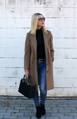 outfit ideas look blonde girl weekend michael kors blogger fashion