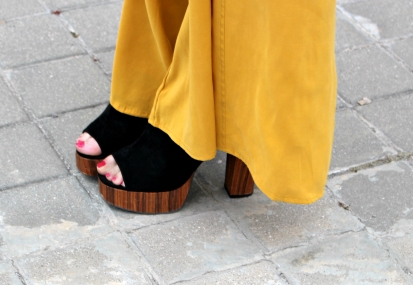mules wedges wood suede black summer spring peep toes fashionblogger trends