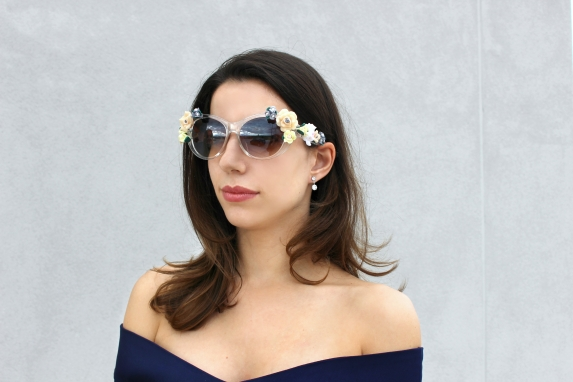 cute sunnies trends summer flowers girl fashion