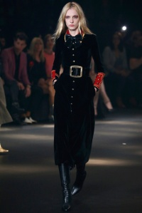 saint_laurent_pasarela_930007519_683x