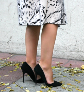 heels stilettos black pumps zapatos tacon negros fashionblogger streetstyle influencer